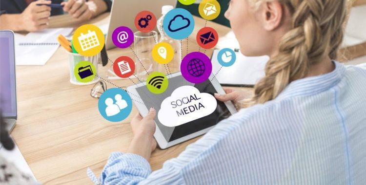 Angajam Social Media Cluj 2