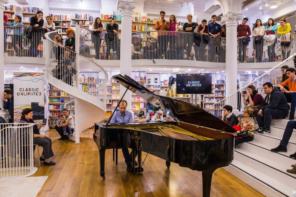 Classic Unlimited concerte pian