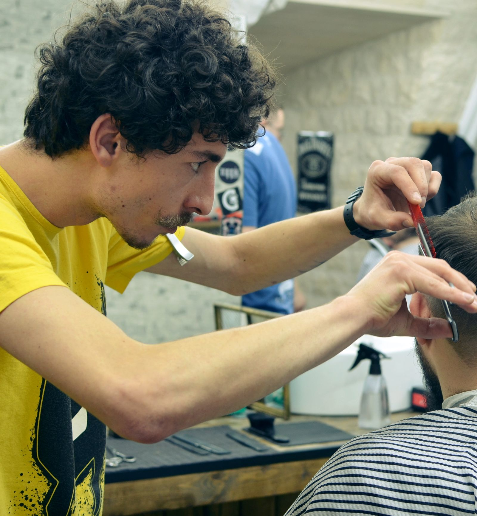 Cum a fost prima noastra experienta la un barber shop 3