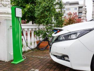 Primăria Cluj-Napoca va acorda autorizații de taxi pentru mașini electrice