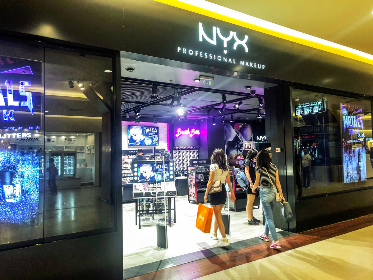 Brandul Nyx Professional Makeup în Premieră La Cluj în Iulius Mall