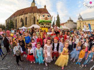Începe WonderPuck 2019 la Cluj: teatru, muzică, stand-up comedy și acrobații în stradă